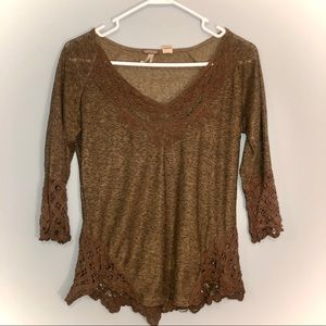 Gimmicks BKE green lace top size Small!
